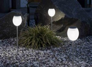 Types of Commonly Used Outdoor Solar Lights
