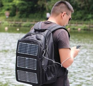 Factors To Consider When Choosing And Buying Solar Backpacks
