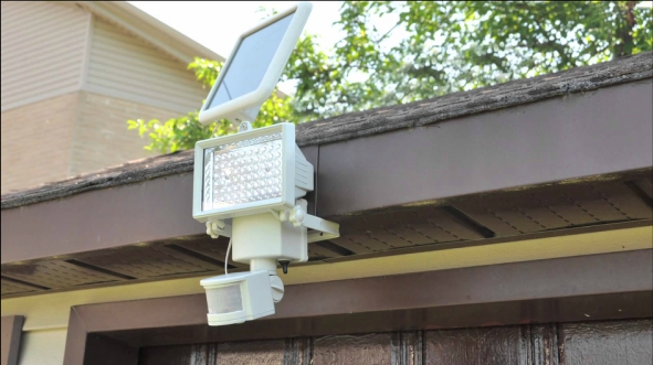 What Solar Motion Security Lights Should You Look For